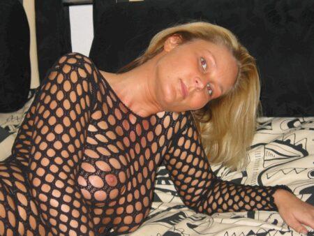 Femme sexy cherche un libertin sur Guéret